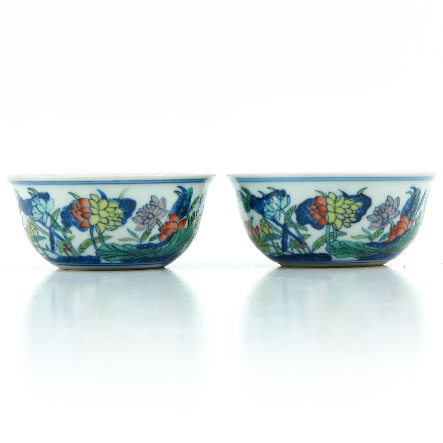 A Pair of Doucai Decor Cups - Image 4 of 10