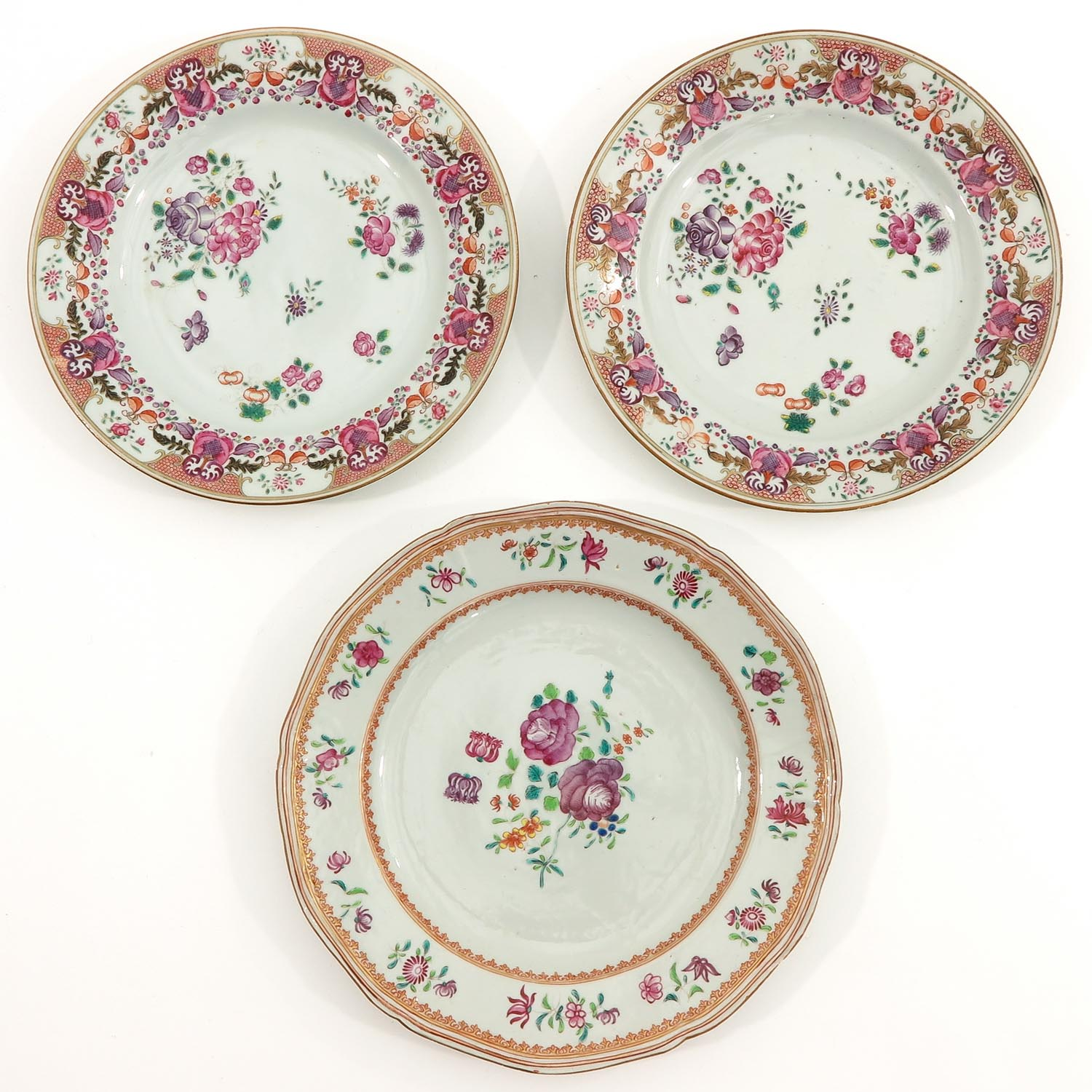 A Collection of 5 Famille Rose Plates - Image 5 of 10