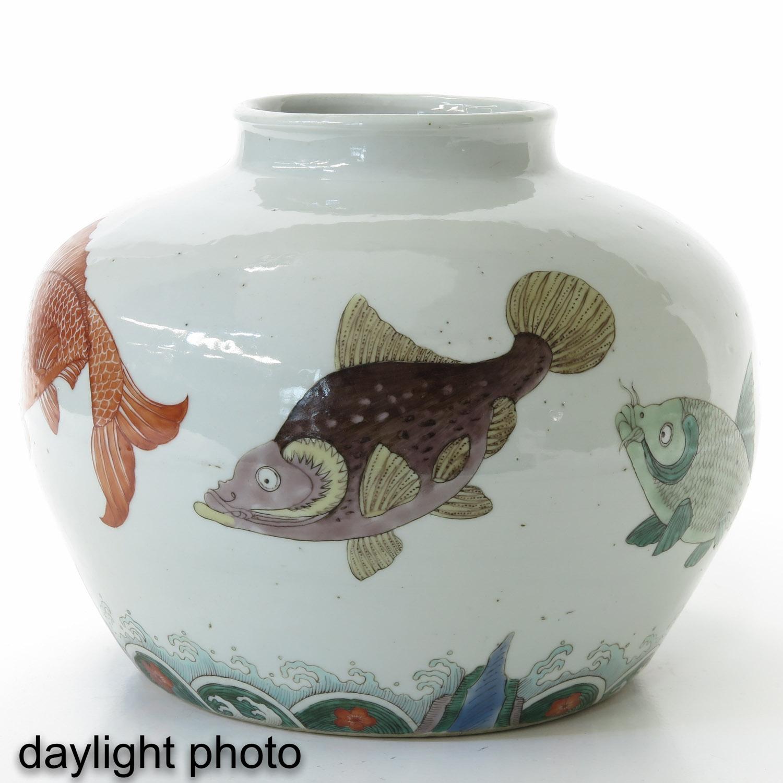 A Polychrome Jar - Image 7 of 9
