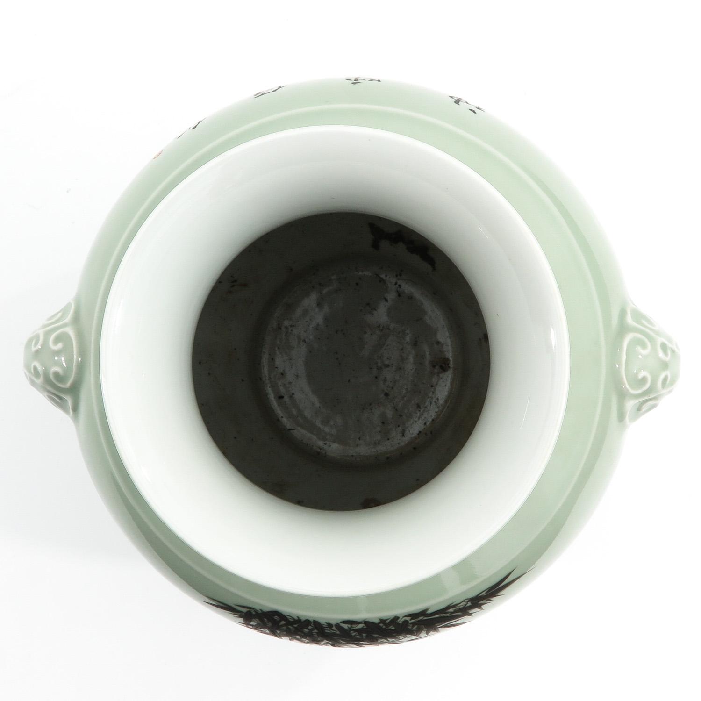 A Celdaon Vase - Image 5 of 10
