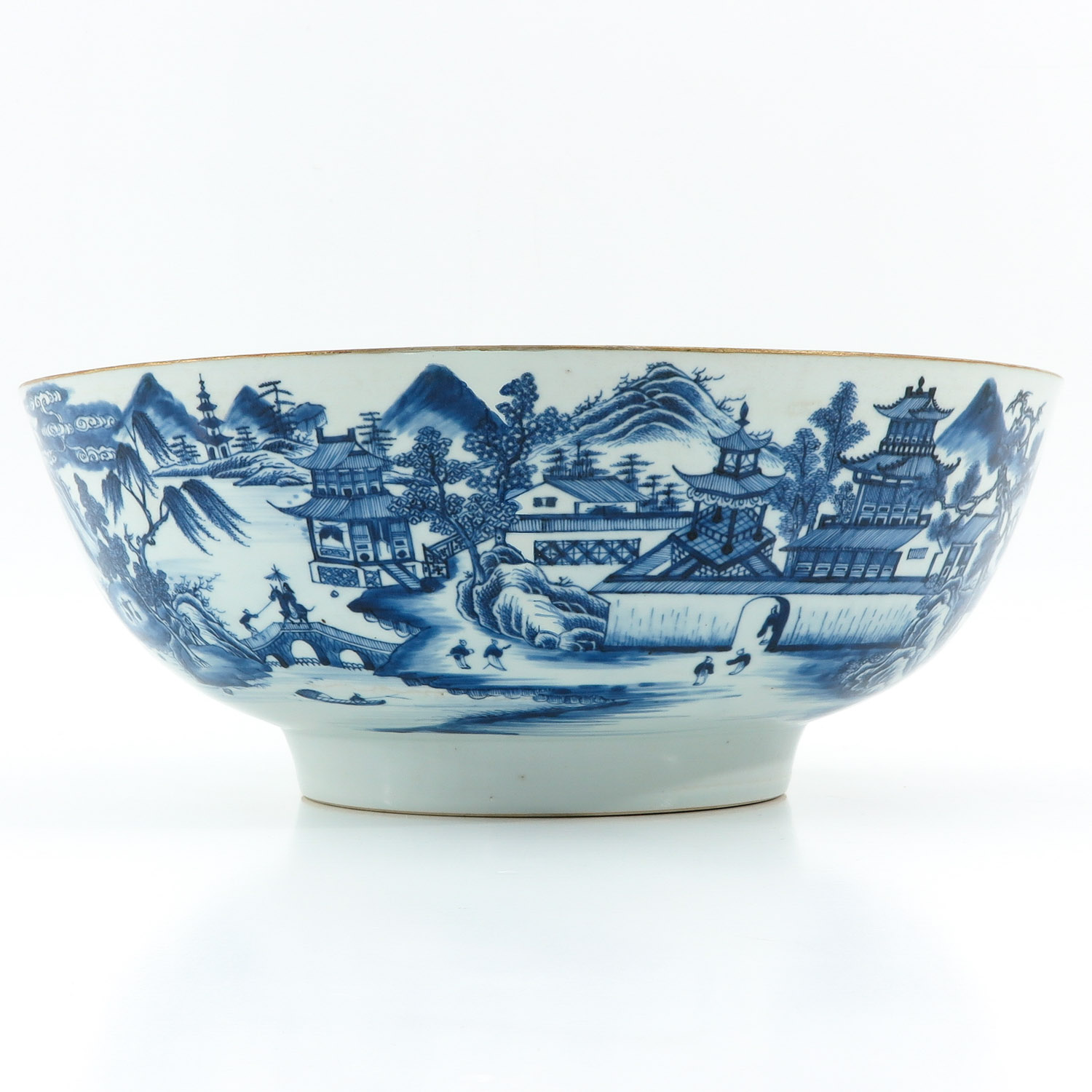 A Large Blue and White Bowl - Image 2 of 9