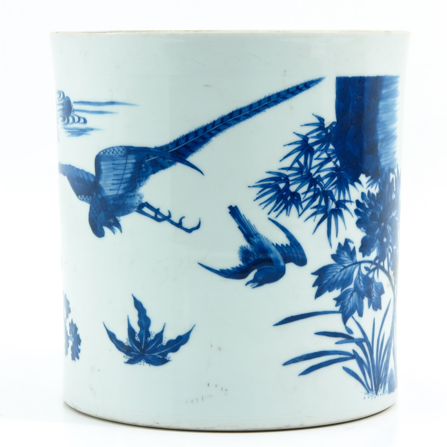 A Blue and White Brush Pot - Image 4 of 9