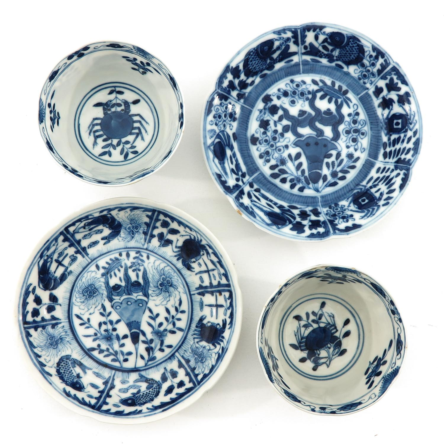 A Pair of Blue and White Cups and Saucers - Image 5 of 9