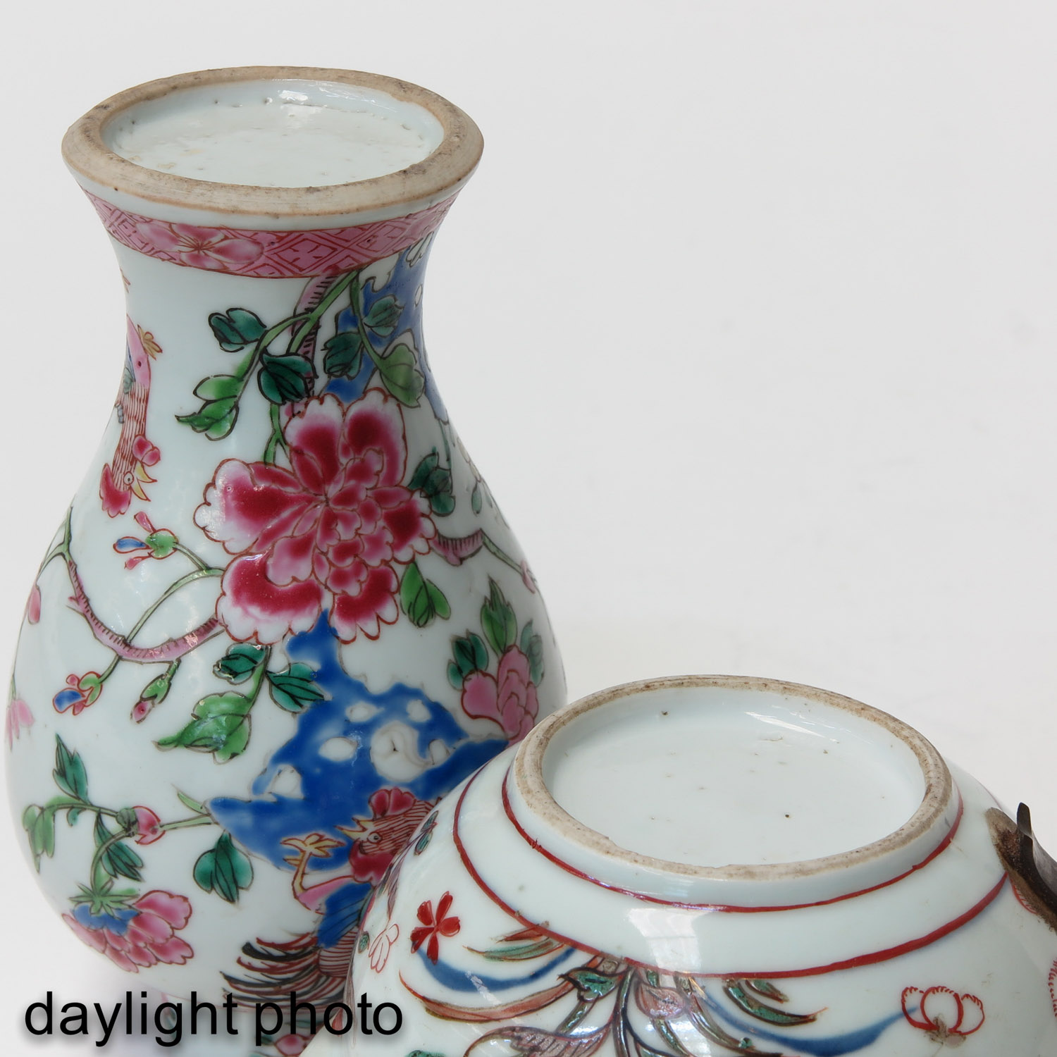 A Famille Rose Vase and Teapot - Image 8 of 9