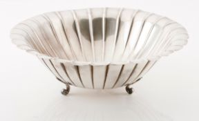 A large fruit bowlChinese silver Circular shaped of grooved fluting, on 3 scrolled leaf feet Ea
