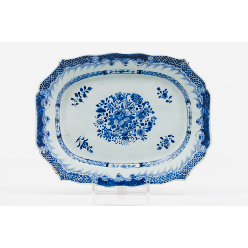 A pair of scalloped serving plattersChinese export porcelain Floral blue and white decoration