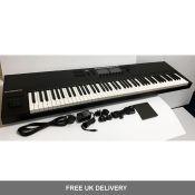 Komplete Kontrol S88 MK2 Electric Keyboard