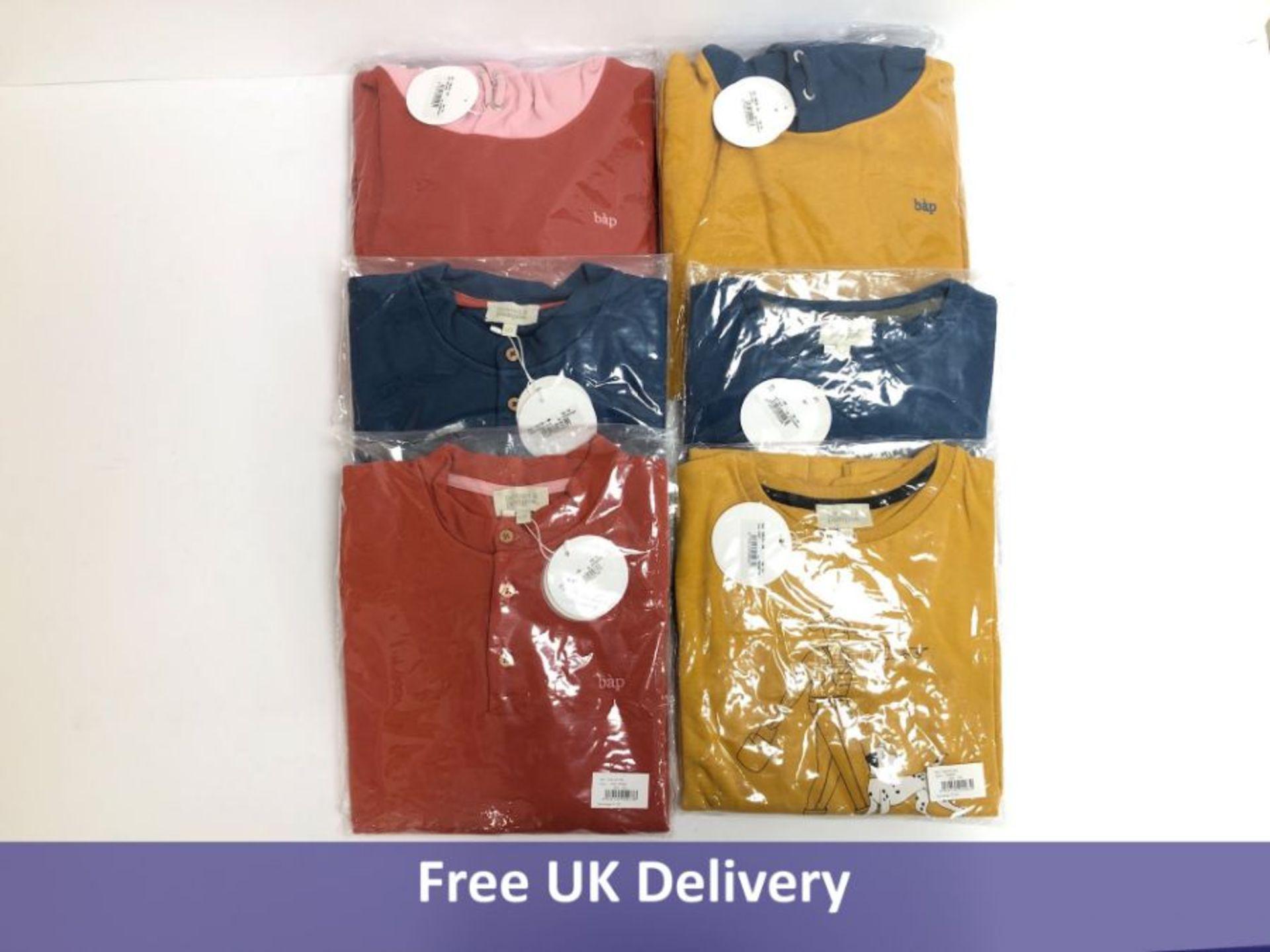 Six items of Bonnet à Pompon Children's Clothing