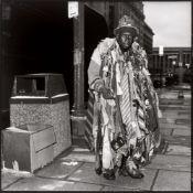 """Volker Hinz. """"Obdachloser: 'Der Schlips-Mann' in Washington-DC, USA, nahe dem 'White-House' i…. 1989"""