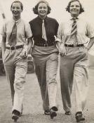 Keystone View Agentur. 'Garçonnes' à la mode. Circa 1928