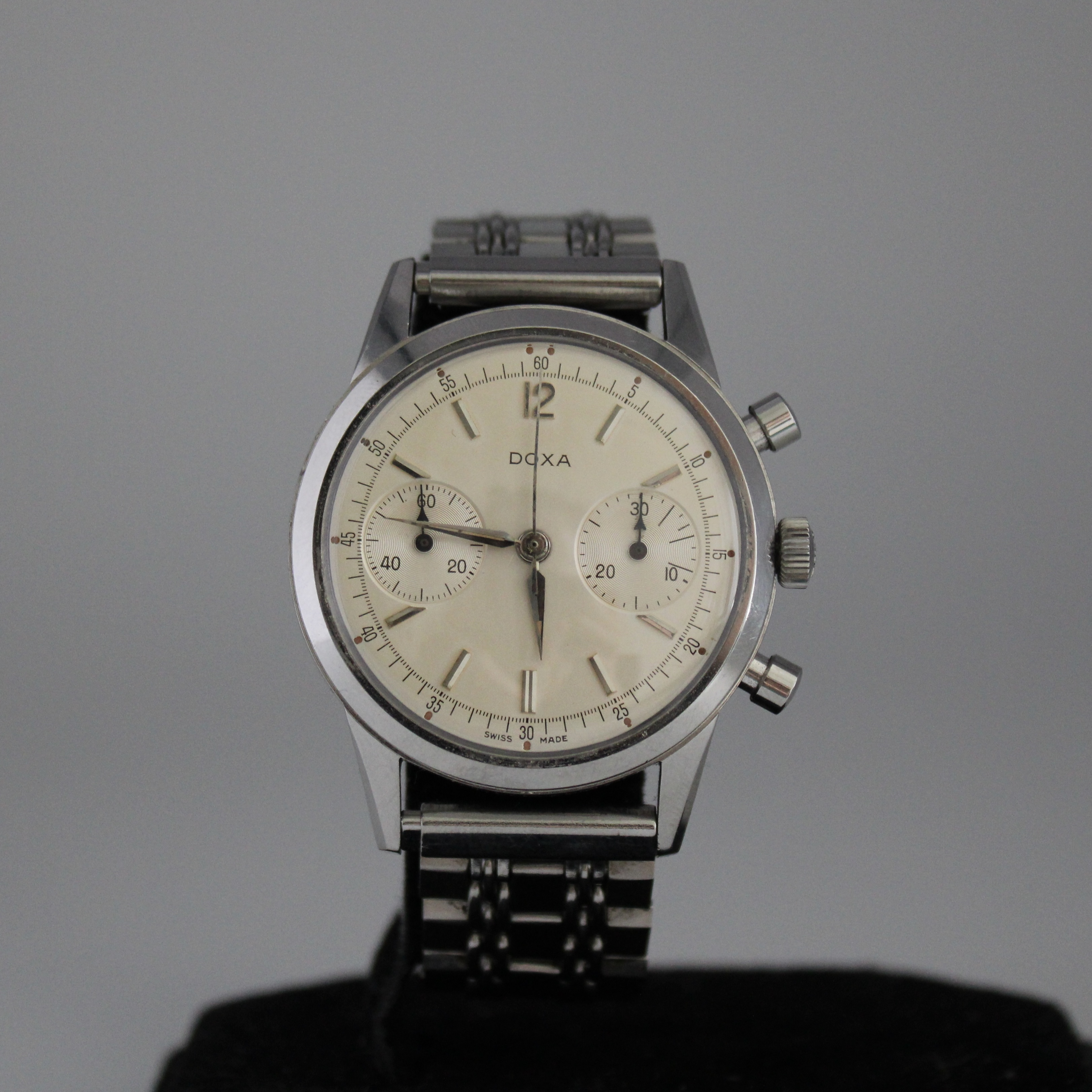 Doxa Vintage Twin Chronograph ref 7105A
