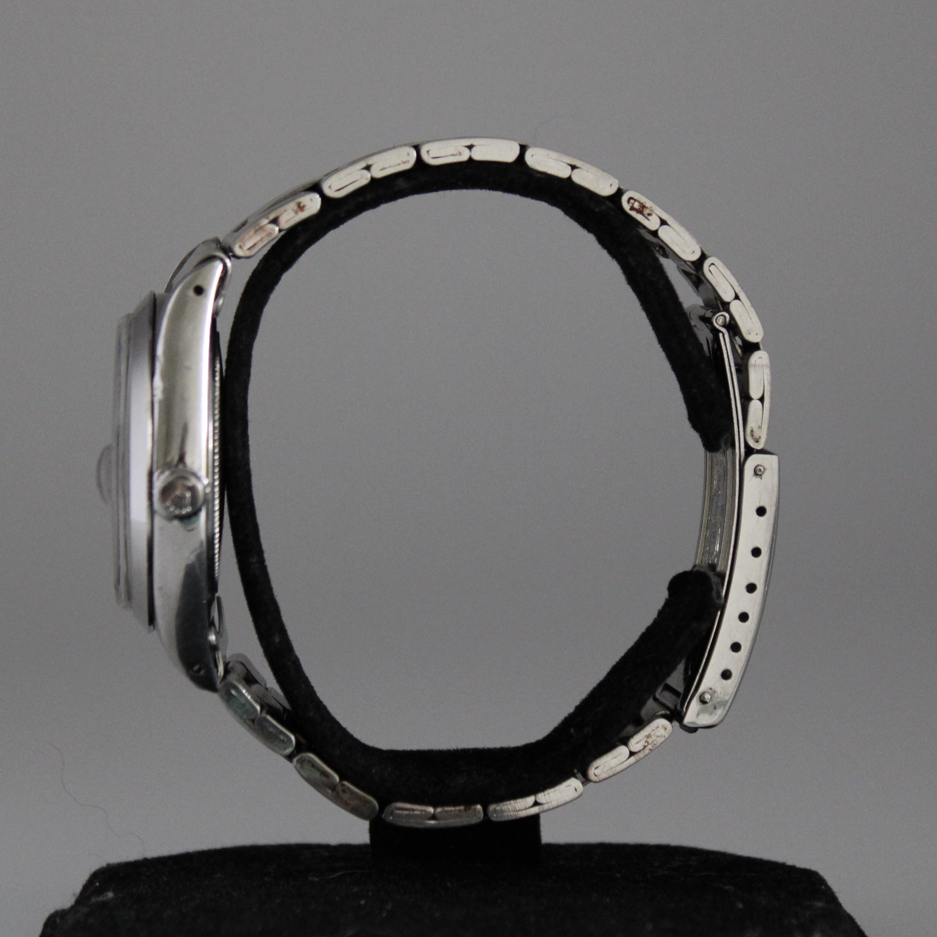 Rolex Oysterdate Precision ref 6694 - Image 3 of 6