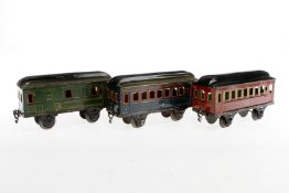 3 Märklin Wagen 1884/1885, S 1, Chromlithographie, 1 Dach rest., Lackschäden, L 20,5, Z 3