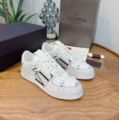 Brand New Valentino Trainers size 38. RRP £569