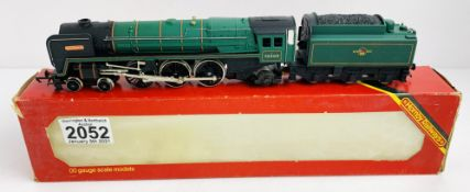 Hornby OO Gauge Britannia Locomotive Boxed P&P Group 1 (£14+VAT for the first lot and £1+VAT for