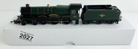 Hornby OO Gauge Cadbury Castle Locomotive Boxed (Plain White Box) P&P Group 1 (£14+VAT for the first