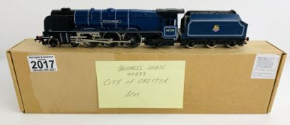 Hornby OO Gauge City of Chester Locomotive Boxed P&P Group 1 (£14+VAT for the first lot and £1+VAT