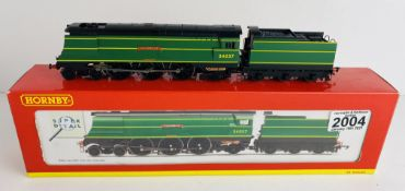 Hornby R2315 OO Gauge Clovelly Boxed P&P Group 1 (£14+VAT for the first lot and £1+VAT for