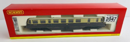 Hornby OO Gauge Railcar Boxed P&P Group 1 (£14+VAT for the first lot and £1+VAT for subsequent lots)