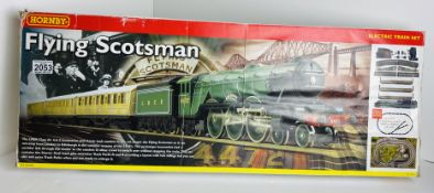 Hornby OO Gauge Flying Scotsman Train Set Boxed P&P Group 3 (£25+VAT for the first lot and £5+VAT