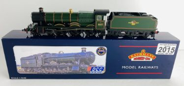 Bachmann 32-000DC OO Gauge Guild Hall Boxed P&P Group 1 (£14+VAT for the first lot and £1+VAT for