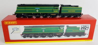 Hornby R2283 OO Gauge Fighter Pilot Boxed P&P Group 1 (£14+VAT for the first lot and £1+VAT for
