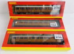 3x Hornby OO Gauge R4172, R4171A, R4170 LNER Teak Coaches Boxed P&P Group 1 (£14+VAT for the first