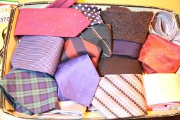 Quantity of mixed ties. Not available for in-house P&P