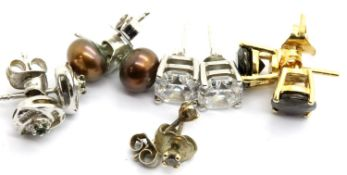 Five pairs of stone set silver earrings. P&P Group 1 (£14+VAT for the first lot and £1+VAT for