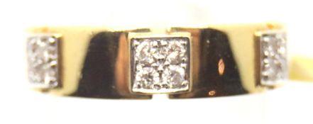 Ladies 18ct gold heavy set twelve stone diamond ring, size N, 6.7g. P&P Group 1 (£14+VAT for the
