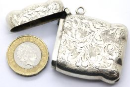 Victorian hallmarked silver vesta case, Birmingham assay 1869, L: 4.5 cm, 21g. P&P Group 1 (£14+