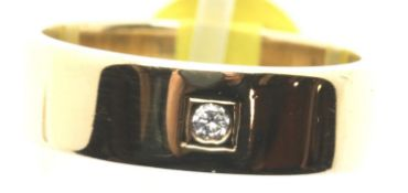 Gents 9 ct gold 6 mm wide flat diamond set wedding band, size Q, 6.5g. P&P Group 1 (£14+VAT for