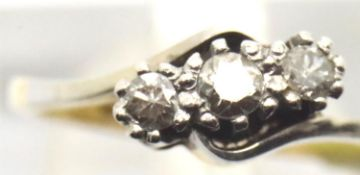 Ladies vintage 18ct gold and platinum fancy three stone diamond ring, size K, 2.5g. P&P Group 1 (£