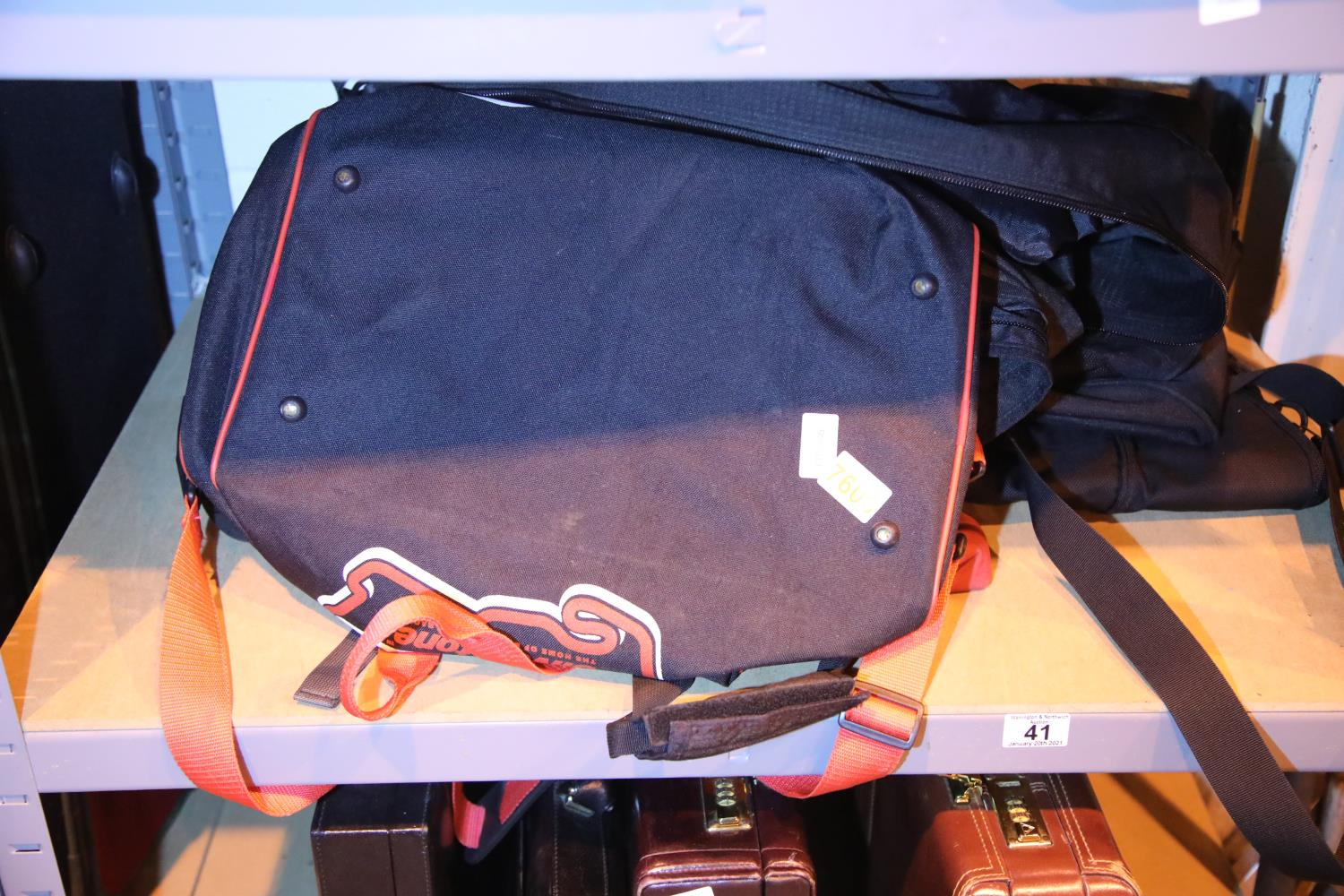 Six canvas holdalls. Not available for in-house P&P, contact Paul O'Hea at Mailboxes on 01925 659133
