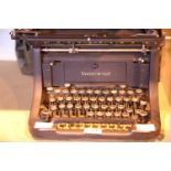 Underwood vintage typewriter. Not available for in-house P&P, contact Paul O'Hea at Mailboxes on