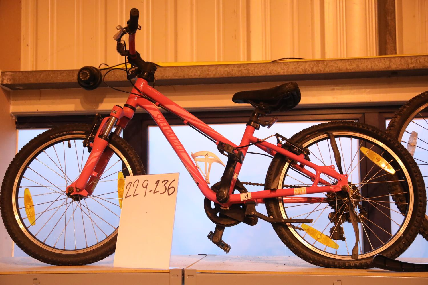 Girls specialized (Hotrock) front suspension 6 speed mountain bike. Not available for in-house P&