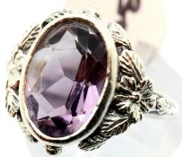 Silver vintage amethyst oval ring, size L, stamped 925. P&P Group 1 (£14+VAT for the first lot