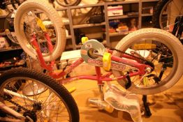 "Girls Mongoose (Missygoose) single speed 12"" framed bike. Not available for in-house P&P, contact"