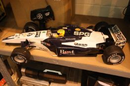 Large remote control Best telecontrol Formula 1 racing car. Not available for in-house P&P,