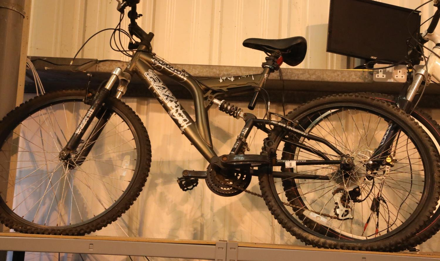 """Trax Sirocco 21 speed bike with 21"""" frame. Not available for in-house P&P, contact Paul O'Hea at"""
