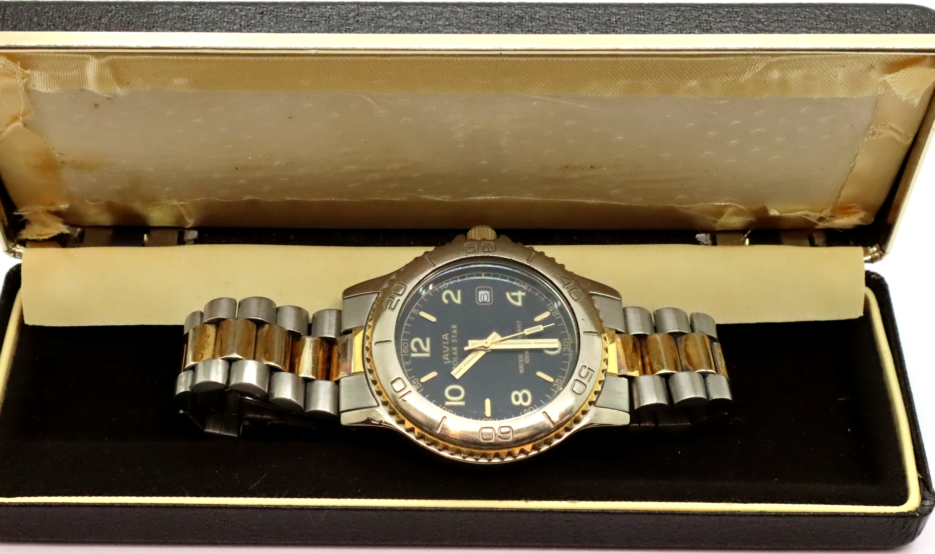 Gents Avia wristwatch, D: 3 cm. P&P Group 1 (£14+VAT for the first lot and £1+VAT for subsequent - Image 3 of 3