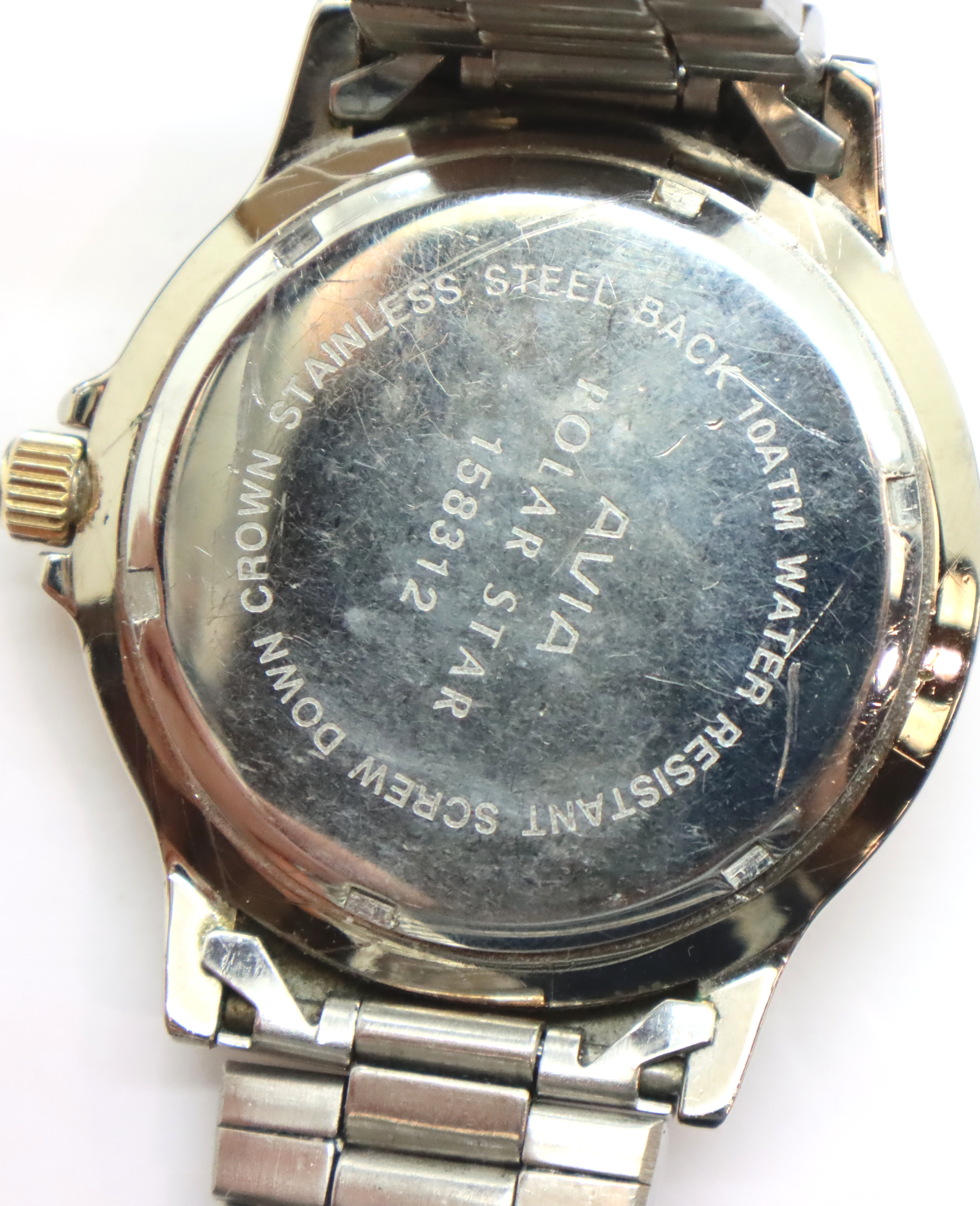 Gents Avia wristwatch, D: 3 cm. P&P Group 1 (£14+VAT for the first lot and £1+VAT for subsequent - Image 2 of 3