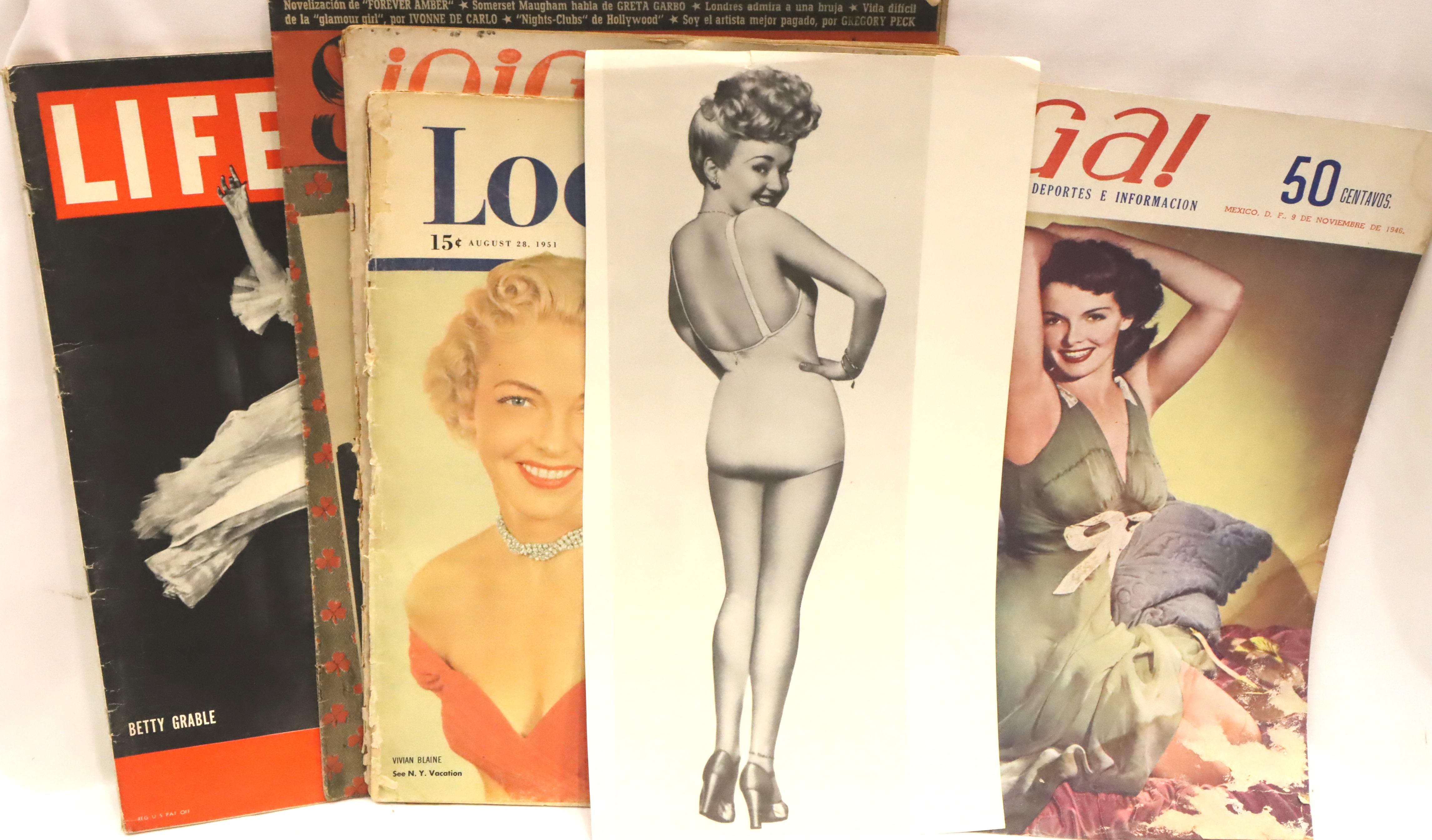 Seven magazines and other memorabilia including film images and more, 930s-1950s. P&P Group 2 (£18+