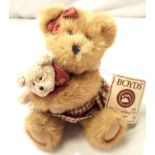 Boyds Bears; Momma Bundles with Bundle of Joy, H: 20 cm. P&P Group 1 (£14+VAT for the first lot