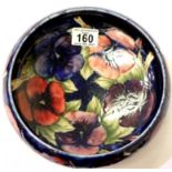 Large Moorcroft footed bowl in the Blue Pansies pattern, tube line decorated, D: 22 cm. P&P Group