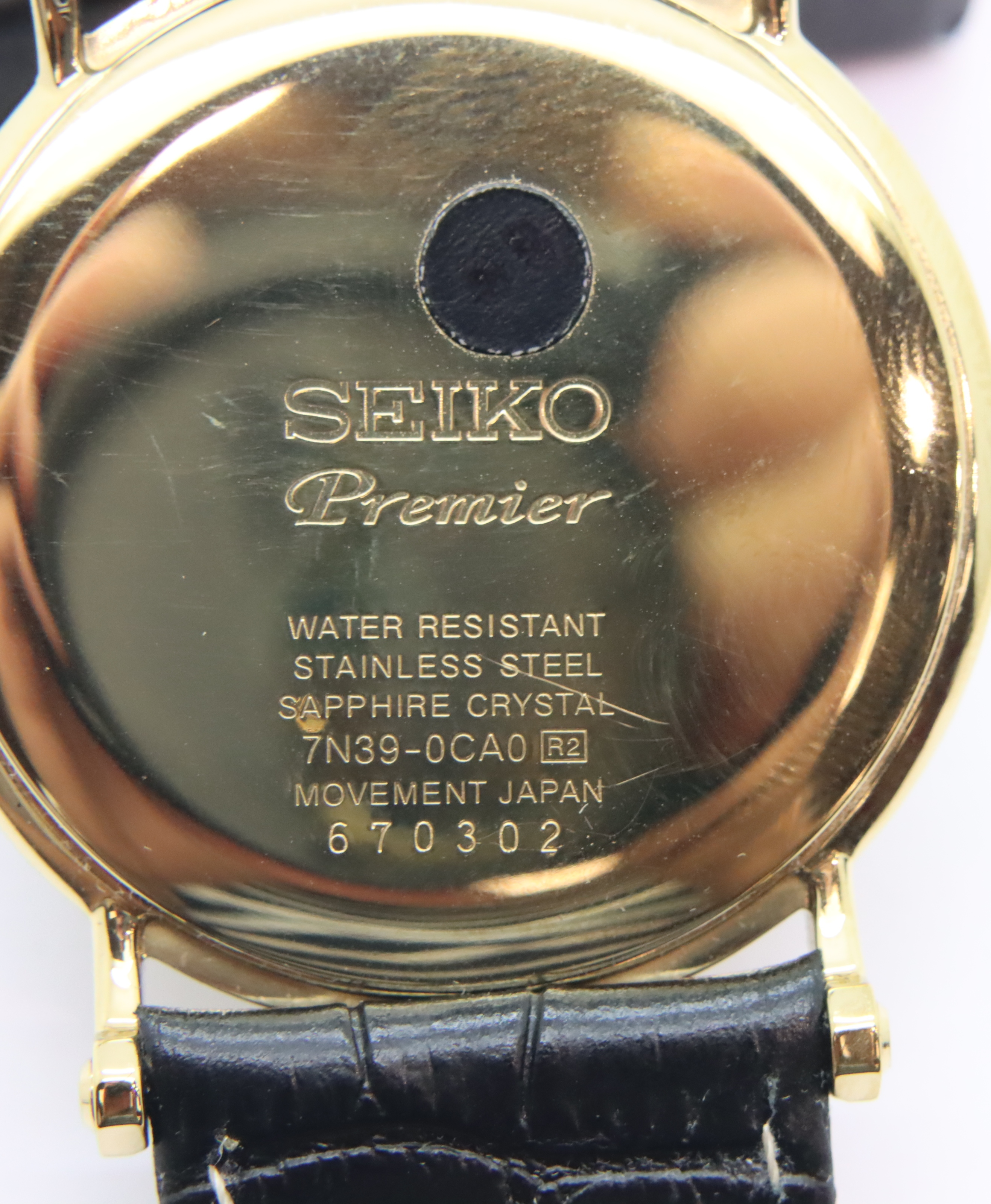 Gents Seiko calendar wristwatch, D: 4 cm. P&P Group 1 (£14+VAT for the first lot and £1+VAT for - Image 2 of 3