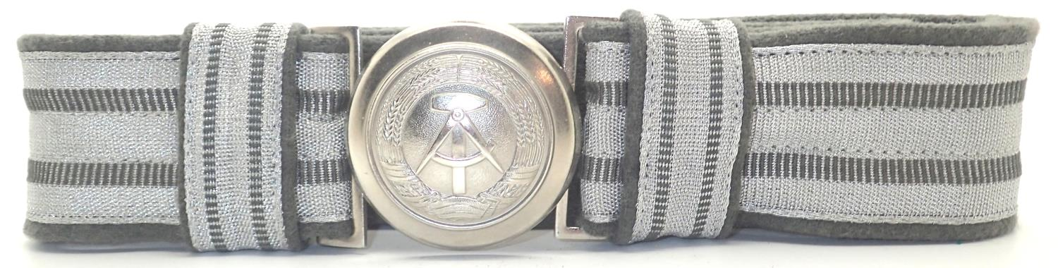 East German military belt with buckle. P&P Group 1 (£14+VAT for the first lot and £1+VAT for