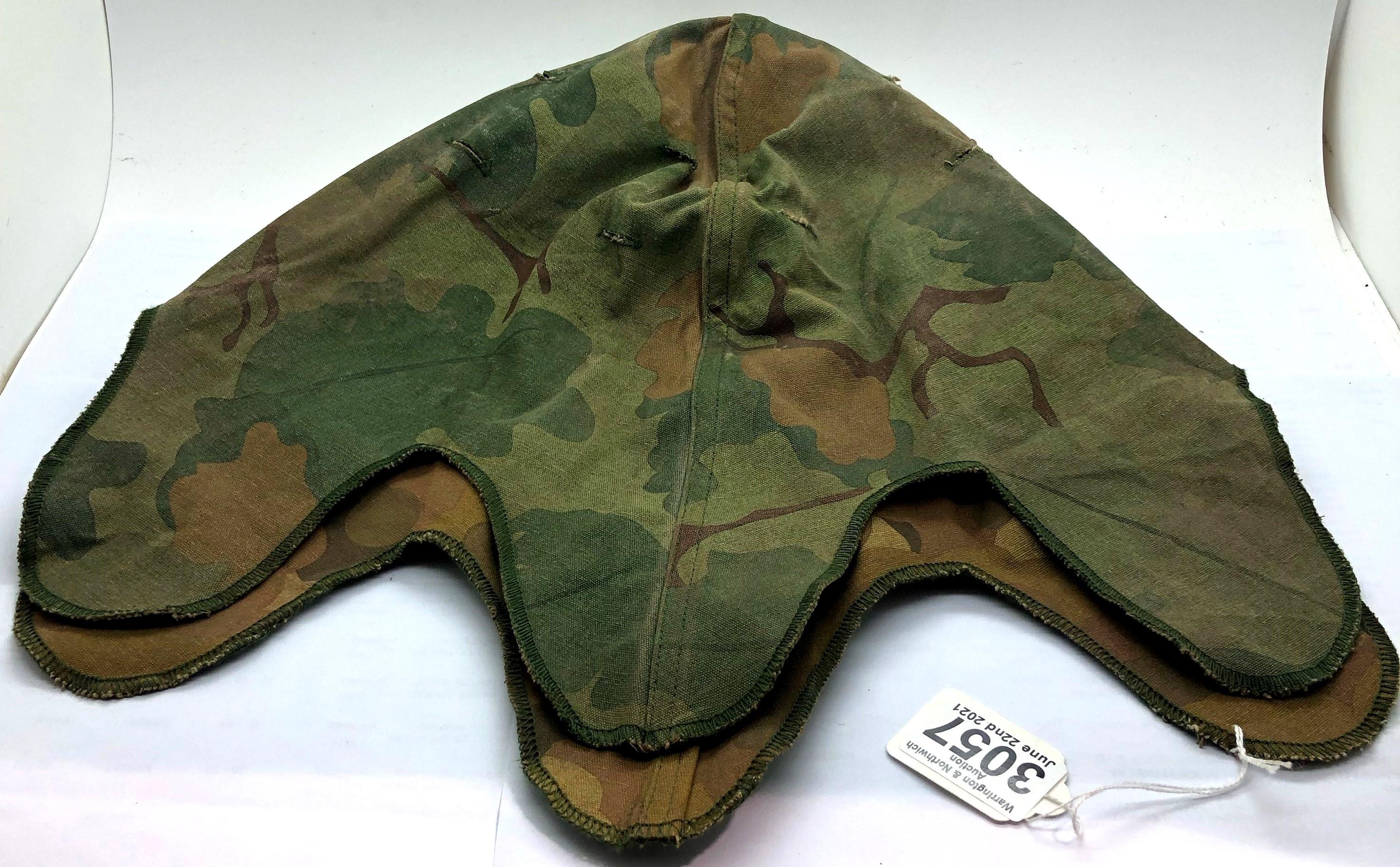 Vietnam War Period US M1 Helmet Reversible Mitch-Duck Hunter Cover. P&P Group 2 (£18+VAT for the