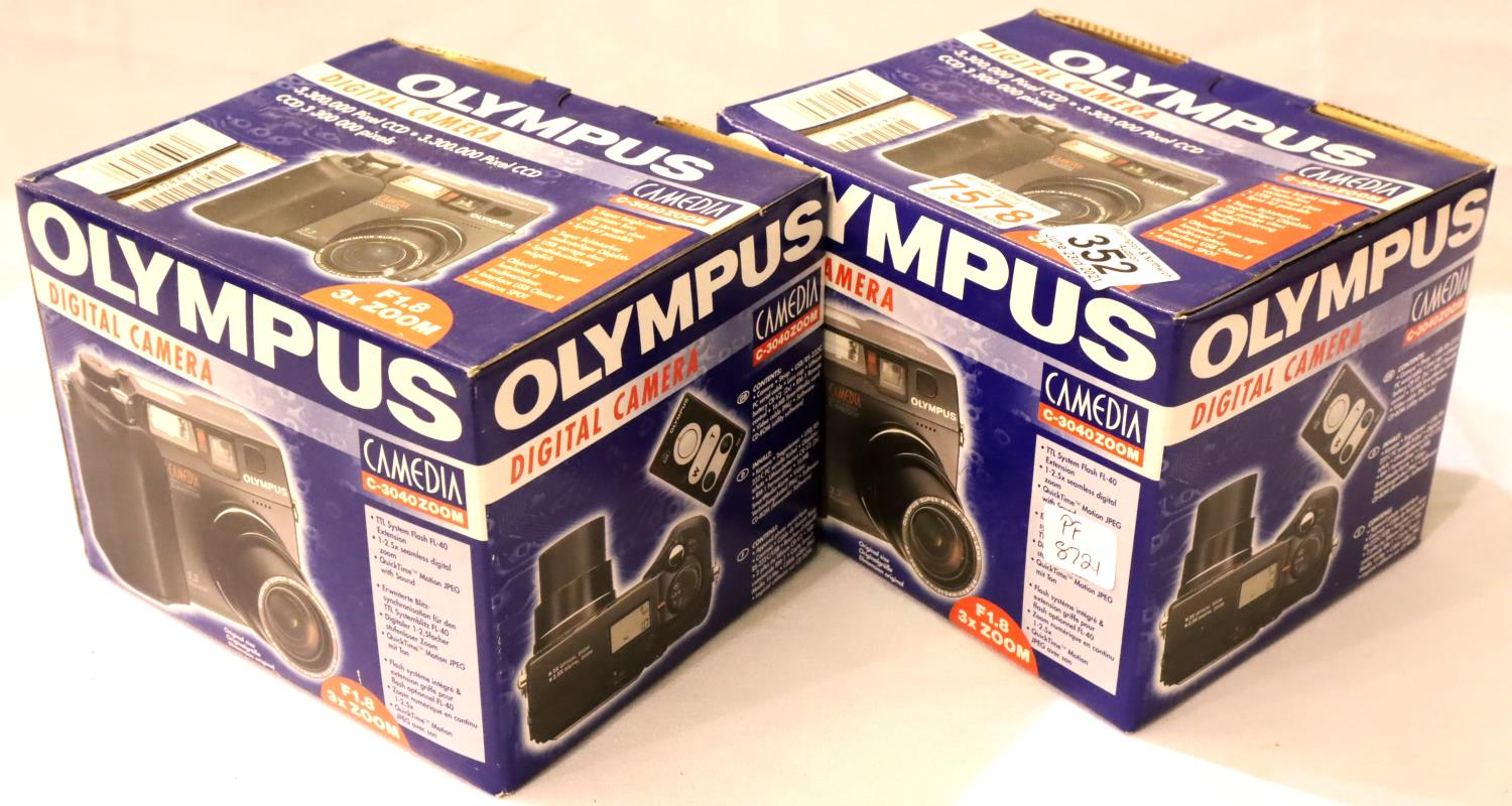 Two new old stock Olympus digital camera C3040 zoom. P&P Group 3 (£25+VAT for the first lot and £5+