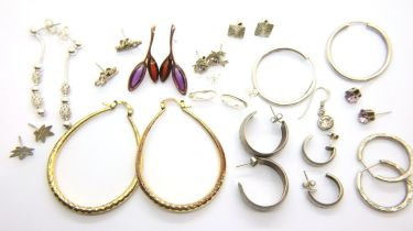 Collection of assorted silver earrings, some stone set, combined 30g. P&P Group 1 (£14+VAT for the